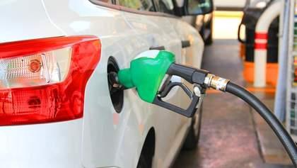 Стрибок цін на бензин і криза нафтопродуктів: як ситуація в Білорусі впливає на паливо в Україні