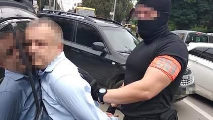 Хабар у 37 тисяч доларів: СБУ затримала голову ДФС Тернопільщини – фото