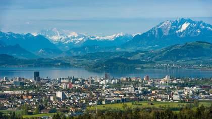 Криптодолина: як швейцарцям дозволили сплачувати податки у криптовалюті