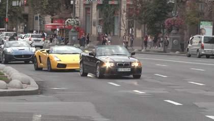 В столице состоялся первый в Украине фестиваль кабриолетов: как все происходило – фото, видео