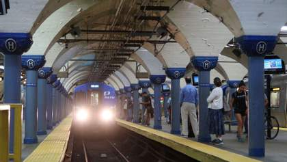 Збій системи оплати в київському метро: проблему вже вирішили