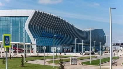 Літали до окупованого Криму: суд арештував 65 російських літаків