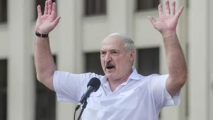 """Отравление Навального: Лукашенко заявил о неизвестной части """"перехваченного разговора"""""""