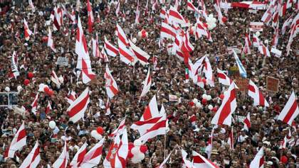 Безкінечні потоки критики: що українцям треба зрозуміти про протести в Білорусі?