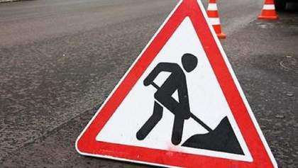 На Львівщині вантажівка наїхала на робітників: один чоловік загинув, ще одного госпіталізували