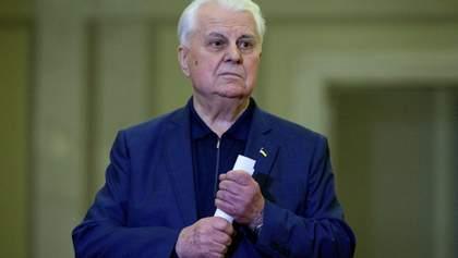 Кравчук про обстріли на Донбасі: Поки люди зі зброєю стоять один проти одного – все можливе