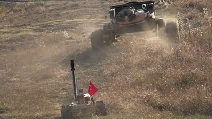 Робот рятує поранених з поля бою: Туреччина показала нову розробку – відео