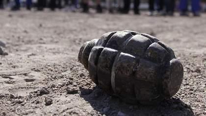 Из-за неосторожного обращения с гранатой возле Новотошковского погиб украинский боец