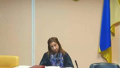 Иск сына Януковича: судья запретила давать показания по уголовному делу