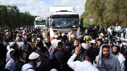У хасидів на кордоні виявили COVID-19: вони відмовились від госпіталізації