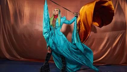 У футуристичних образах: Леді Гага стала головною зіркою журналу Billboard – яскраві фото