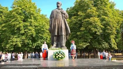 Как поэт Тарас Шевченко мешал оккупантам в Луганске?