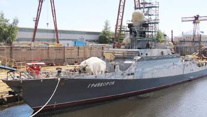 Росіяни випустили в Чорне море військовий корабель, який почали будувати після анексії Криму