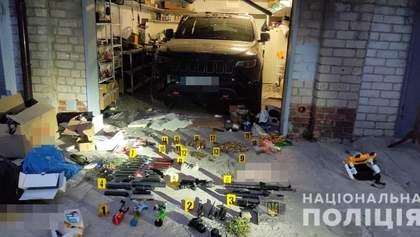 В гараже взорвавшего себя харьковчанина, нашли арсенал боеприпасов и оружия