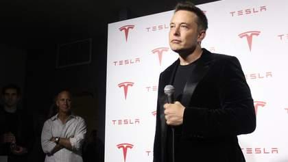 Tesla готується до Battery Day: акції компанії дорожчають, а Ілон Маск впевнено багатіє