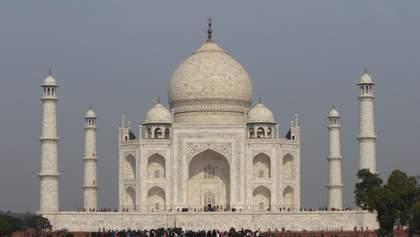 Без групових фото: Тадж Махал починає знову приймати туристів – що змінилось