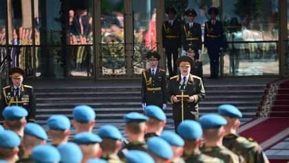 Ви зупинили цю погань: Лукашенко подякував військовим за розгін мітингувальників – відео