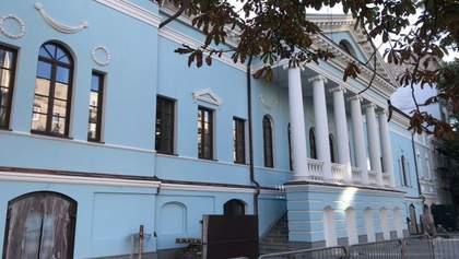 Реставрация, а не разрушение – как выглядит обновленная усадьба на Печерске в Киеве: фото
