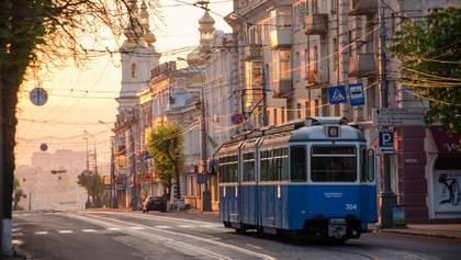 Скільки відсотків українців хочуть, щоб їхні діти та внуки жили на батьківщині