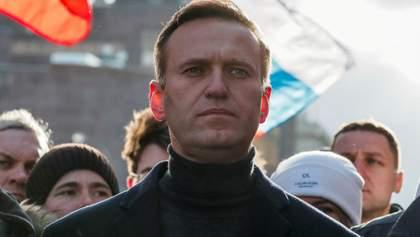 """Розробник """"Новачка"""" сумнівається, що Навального отруїли речовиною: що не так із заявою"""
