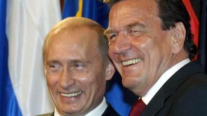 """Экс-канцлер Германии Шредер считает """"спекуляциями"""" заявления, что Россия отравила Навального"""