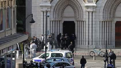 Чоловік ножем порізав на смерть людей у церкві в Ніцці: перше фото та деталі про терориста