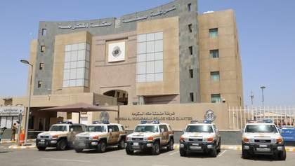 Неизвестный с ножом напал на консульство Франции в Саудовской Аравии: есть раненый