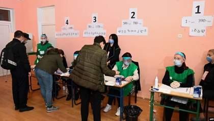 """У Грузії підрахували 100% бюлетенів на виборах: опозиція """"пролітає"""""""