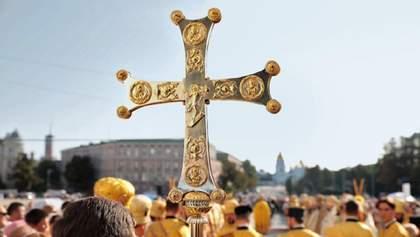 Церкви не будут закрывать на выходные: в Кабмине объяснили причину