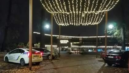 """Ресторан """"Гавана"""" в Киеве проигнорировал карантин: полиция взяла заведение штурмом – фото, видео"""