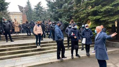 Перекриті дороги та пікети: українці протестують проти карантину вихідного дня – фото, відео