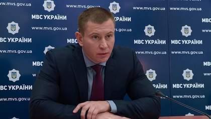 Главу департамента Нацполиции уволили после скандала с нарушением карантина
