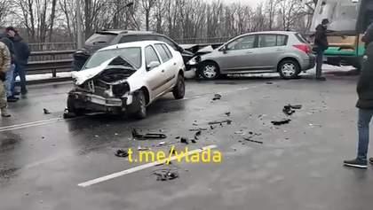 В Броварах произошло масштабное ДТП с участием 9 автомобилей: видео
