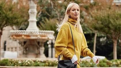 8 ярких свитеров главного цвета 2021 года: модная подборка