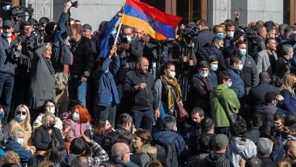 В Армении возобновились протесты: силовики задерживают участников