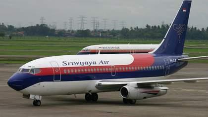 Пасажирський Boeing розбився в Індонезії: відео з пасажирами перед вильотом