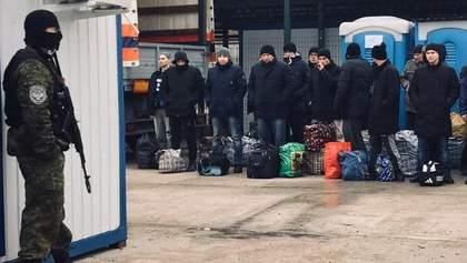 Анонсоване бойовиками повернення в Україну полонених: СБУ всіх перевірить