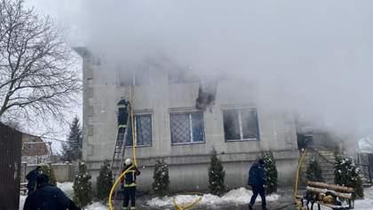 Пожар в Харькове: Разумков поручил подготовить законопроекты о пожарной безопасности