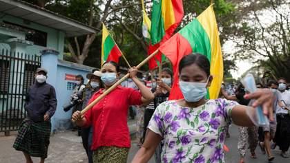 Затримали президента: у М'янмі стався військовий переворот, – ЗМІ