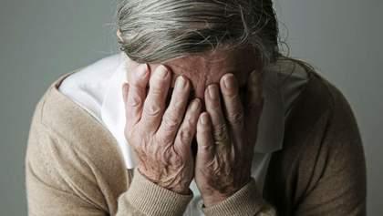 """""""Такі програми дивилися"""": пенсіонерка розплакалася в ефірі через закриття каналів Медведчука"""