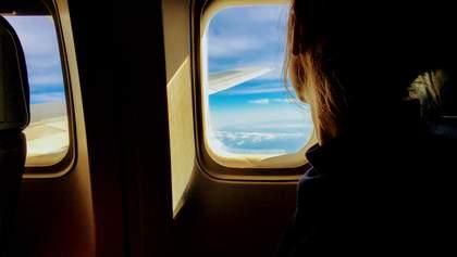 Молились, чтобы не умереть: самолет, который ломался на Занзибаре, попал в новый скандал
