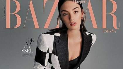 Дева Кассель підкорює модну індустрію: дівчина з'явилася на обкладинці Harper's Bazaar