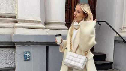 Total look кольору морозива: Леоні Ганне прогулялася в елегантному образі