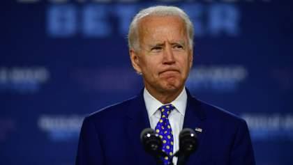 Слова не можуть заглушити біль: Байден оголосив у США п'ятиденну жалобу за жертвами COVID-19