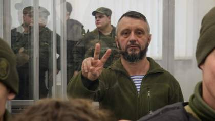 Досить чубитись, – Антоненко закликав українців вийти на протести за Стерненка