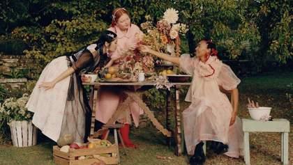 Рекламная кампания Simone Rocha x H&M в английских садах: романтические кадры