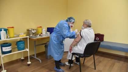 Минздрав объяснил запрет на разглашение информации о производителях вакцин