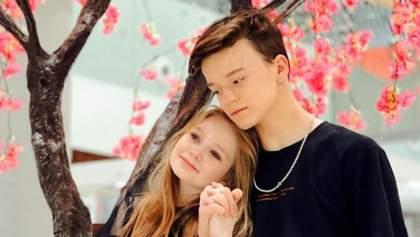 Недитячі обійми та поцілунки: 8-річна київська модель показала стосунки з 13-річним хлопцем