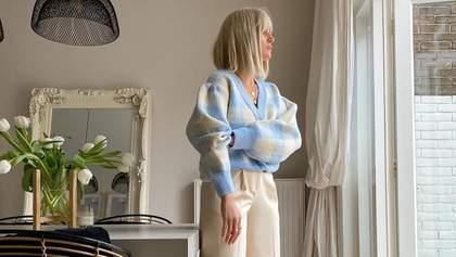 Самое модное комбо весны – широкие брюки и свитер: стильные примеры