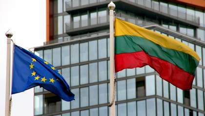 """Литва виступила проти визнання російського """"Супутника V"""" у паспортах вакцинації Євросоюзу"""